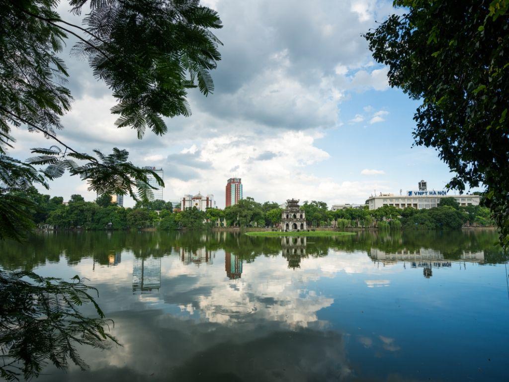 Lago Hoan Kiem em Hanoi