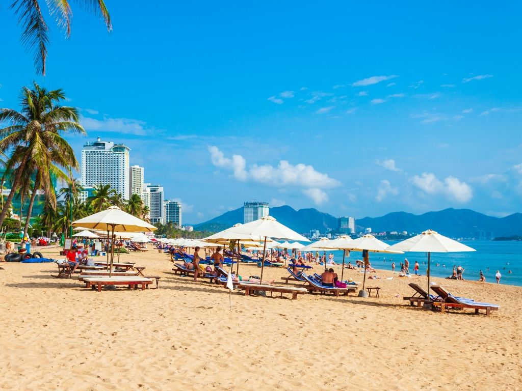 Praia em Nha Trang Vietname