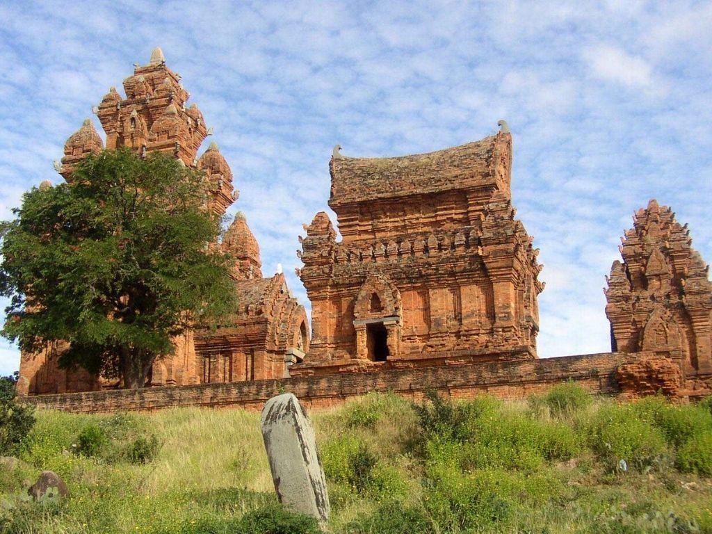 Templo Kalan Po Klong Giarai Vietname